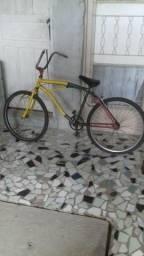 Bicicleta Leia o anúncio