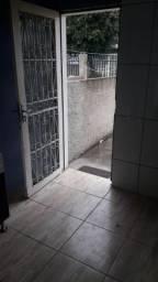 Casa 2 peças - Vila Acordes- Pinheirinho