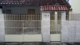Casa reformada com 2 quartos, Tejipió
