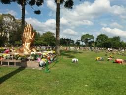 Jazigo no cemitério Jardim da saudade