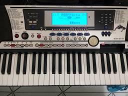Teclado Yamaha PSR-550