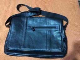 Bolsa carteiro masculina de couro (para notebook)