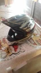 Vendo capacete em ótimo estado
