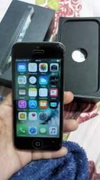 IPhone 5 bem conservado vendo ou troco
