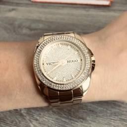 Relógio Dourado Victor Hugo