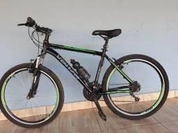 Bicicleta aro 26 21 velocidade muito boa !!