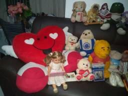 Peluda e bonecas em super promoção