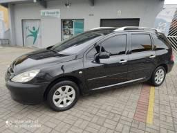 Peugeot 307 sw 2.0 mecânico Ano 2005