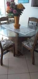 Mesa de jantar .