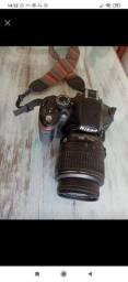 Vendo Câmera Nikon D3200 18-55 VR Kit