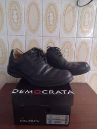 Sapato Democrata n 40 R$ 100,00