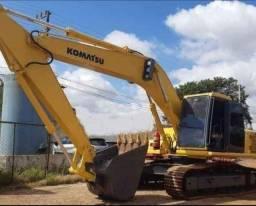 Título do anúncio: Escavadeira hidráulica komatsu PC200