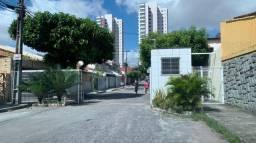 Casa em residencial no Luciano Cavalcante