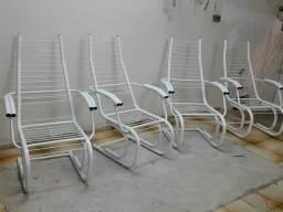 Vendo 4 cadeiras de pátio