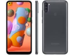 Smartphone Samsung Galaxy A11 64GB Preto 4G - 6,4? Câm. Tripla + Selfie 8MP