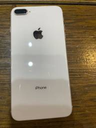 iPhone 8 Plus sem nenhum arranhão
