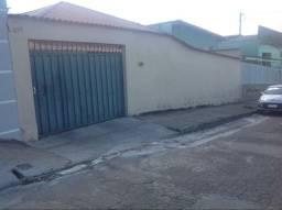 Casa à venda, 4 quartos, 2 suítes, 6 vagas, Jardim Industrial - Contagem/MG