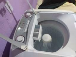 Máquina lava roupa