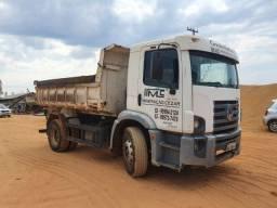 Título do anúncio: vendo caminhão toco 15-180