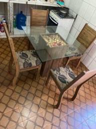 Mesa de vidro, 4 lugares