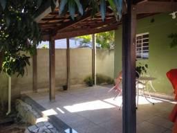 Casa à venda, 4 quartos, 5 vagas, Colonial - Contagem/MG