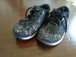 Tênis infantil de glitter tamanho 23