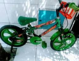 Vendo bicicleta infantilbem conservado