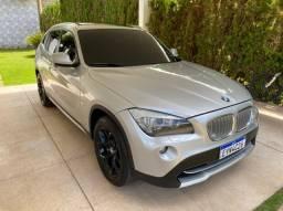 BMW X1 3.0 X-DRIVE 4x4 TETO PANORÂMICO TOP DE LINHA