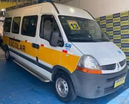 Título do anúncio: Renault Master Minibus 2013 2.5 Diesel 20 Lugares Completo Branca Estudo Troca e Financio