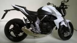 Miniatura Honda CB 1000R 1:12 Branca