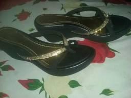 Sandalinha tamanho 36