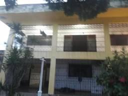 Casa térrea com piscina 4 quartos Janga R$ 2500,00 (Com piscina)