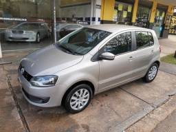 Volkswagen - Fox 1.6 Flex Completo Prata 2013 - 2013