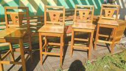Banquetas rústicas estilo madeira de demolição