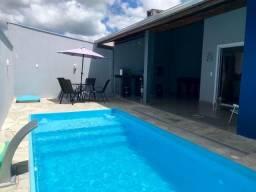 Alugo casa com piscina na praia