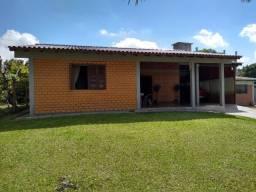 Velleda oferece linda casa 2 terrenos, com vista para lagoa, condomínio