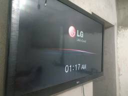 Tv de Led 43 POLEGADAS em pleno Funcionamento