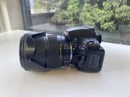 Nikon D5100 com Lente Sigma 18-200mm