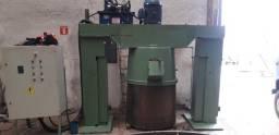 Manutenção em equipamentos hidraulicos.