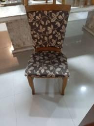 14 cadeiras muito novas