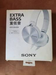 Fone de Ouvido com Microfone 1000mW MDR-XB450AP Branco SONY<br><br>