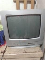 Título do anúncio: Estou vendendo TV de tubo
