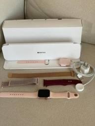 Apple Watch Series 4 40mm - MUITO NOVO