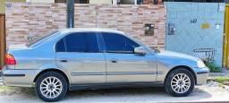Honda Civic 2000 1.6 16v. $11,000
