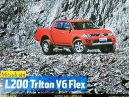 Título do anúncio: Revista - L200 Triton V6 Flex