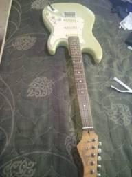 Guitarra dilplin