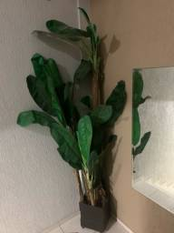 Título do anúncio: Vendo vaso com planta de bananeira artificial