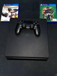 PlayStation- PS4 Slim  Estado: usado