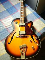 Guitarra Condor semi acústica Jc-16 + case