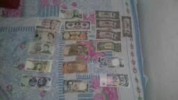 Vendo notas de dinheiro antigas